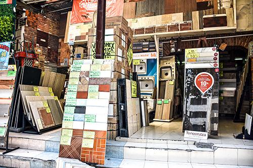 stop_marmoles-canteras-y-azulejos-tienda6